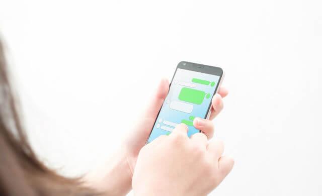 マッチングアプリのメッセージの返信頻度は?相手の返信が早い遅いは関係なく早く返す